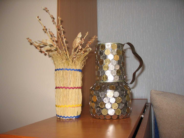 Ваза из подручных материалов своими руками (16 фото): как пошагово сделать вазу для цветов?