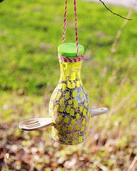 Кормушка для птиц из литровой бутылки. своими руками. 200 фото, мастер-классы