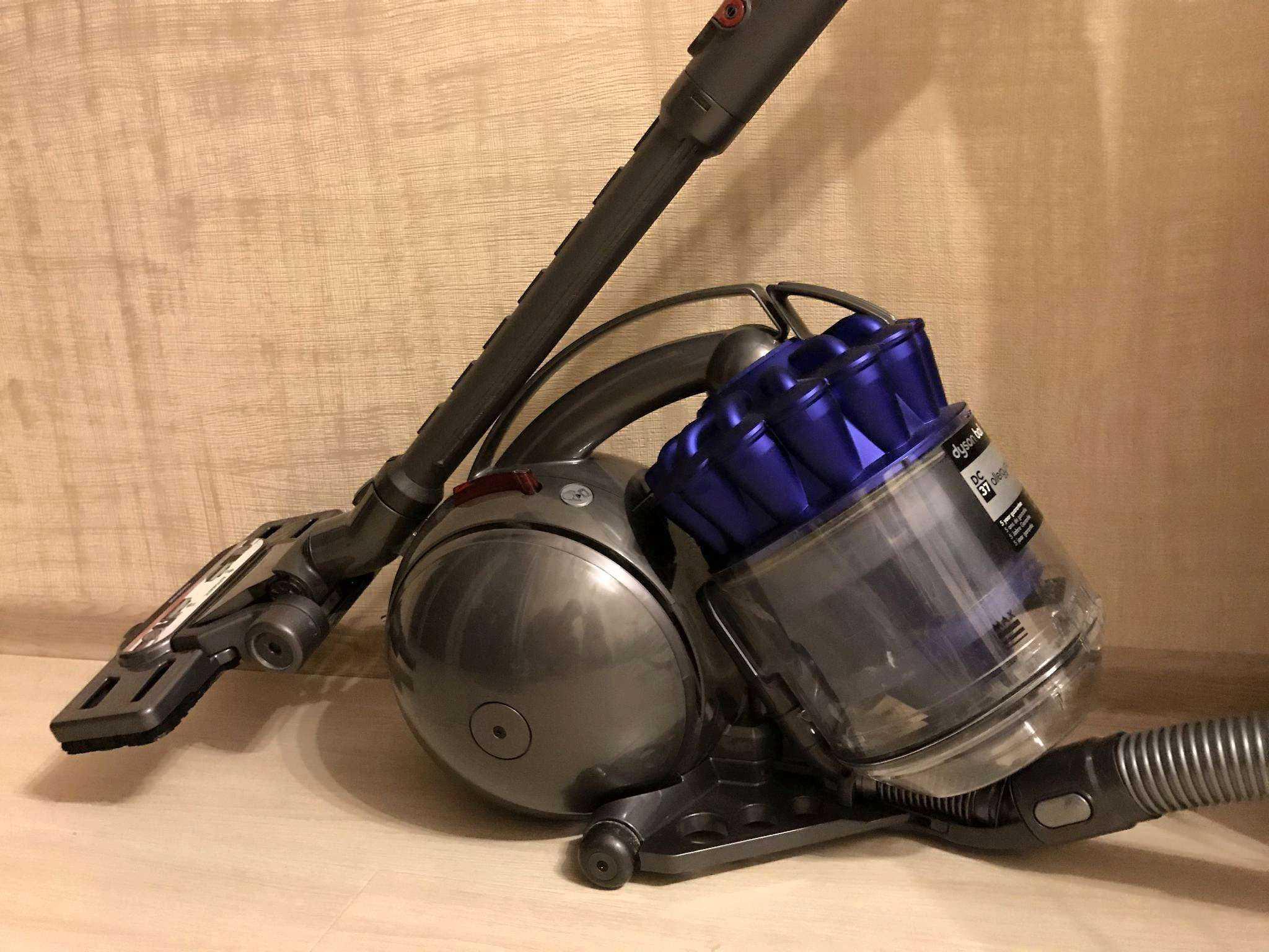 Dyson или аквафильтром dyson ball multi floor canister vacuum