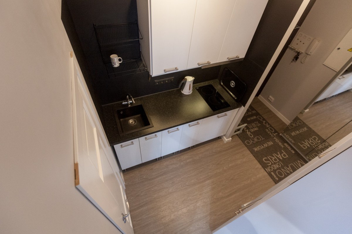 Перенос кухни в коридор: как сделать, правила, примеры