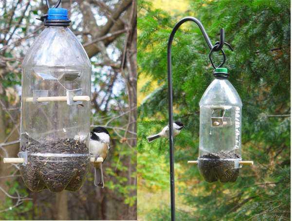 Как сделать кормушку для птиц из пластиковой бутылки?